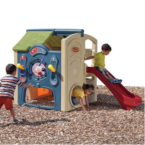 Casuta cu tobogan Neighborhood Fun Center - Casute pentru copii -