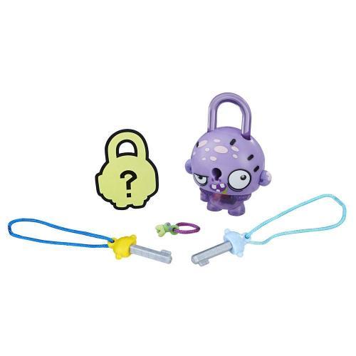 Figurina breloc Lock Stars - Zombie mov (E3161) - Figurine pentru copii -