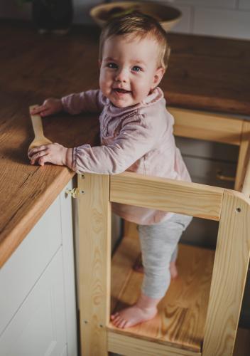 Inaltator multifunctional ajutor de bucatarie MeowBaby lemn natural - Booster copii -