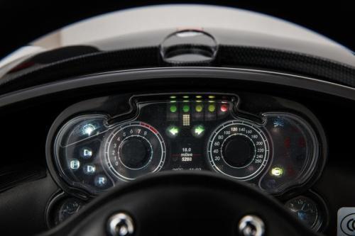 Masinuta electrica Pagani Zonda cu telecomanda si roti din cauciuc Red - Masinute electrice -
